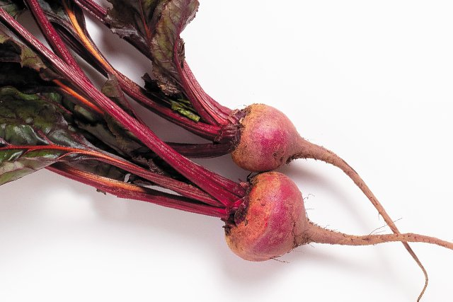 Dining_Shorts_Ingredient_Beets_LAUREN_BALDWIN_rp0119b.jpg