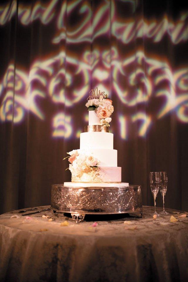 scrapbook_Darrius-Loves-Nikki-Wedding-Preview-0264_rb1218.jpg