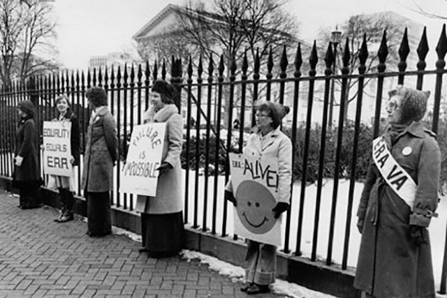 Women-Show-Their-Support-for-the-Equal-Rights-Amendment-February-16,-1979_V85373911_RichmondTimes-DispatchCollection,TheValentine_rp0319.jpg