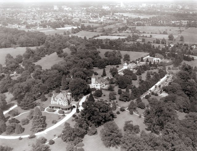 features_maymont_Maymont-aerial-view-1930s---Copy_hp0319.jpg