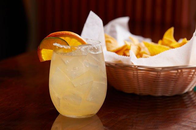 Eat&Drink_Review_LaHaciendaStreetFood&Tequila_SkinnyMargarita_TYLER_DARDEN_rp0619.jpg