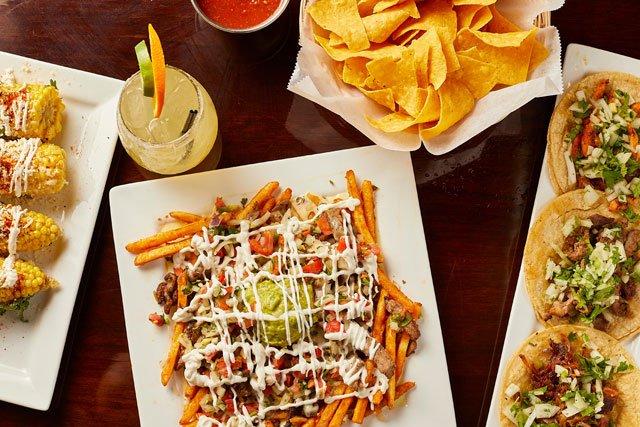Eat&Drink_Review_LaHaciendaStreetFood&Tequila_Elote_CaliforniaFries_StreetTacos_TYLER_DARDEN_rp0619.jpg