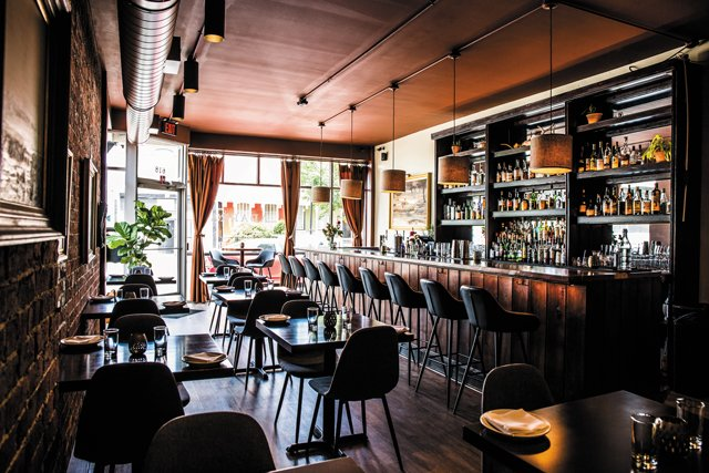 Eat&Drink_Review_Adarra_Interior_JUSTIN_CHESNEY_rp0719.jpg