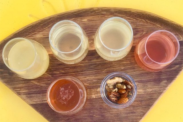 courthouse-creek-cider-flight_eileen-mellon_teaser.jpg
