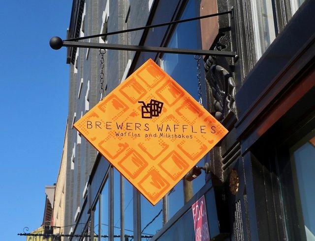 BrewersWafflesSign_EileenMellon.jpg