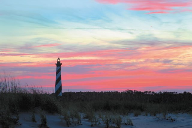 Living_Travel_CapeHatterasLighthouse_COURTESY_rp0819.jpg