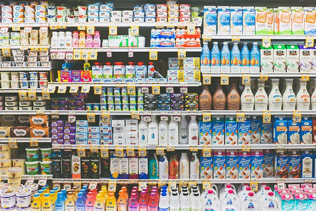 grocery-shelves_neonbrand-SvhXD3kPSTY-unsplash_teaser.jpg