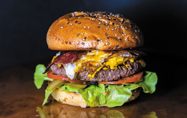 Eat&Drink_AroundTown_Cowhill_Burger_COURTESY_rp0919.jpg