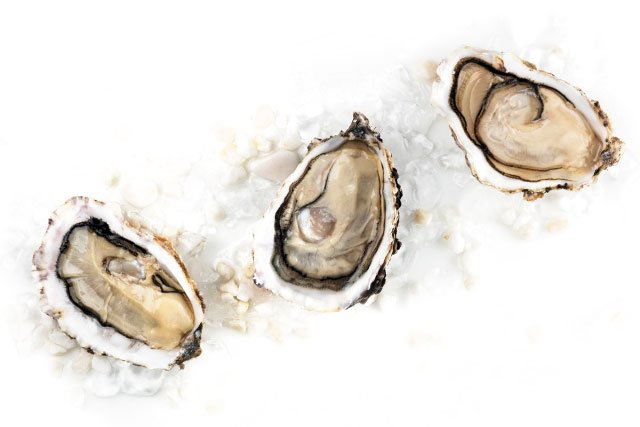 Eat&Drink_Ingredient_Oysters_PLATERESCA_GETTY_rp1119-teaser-2.jpg
