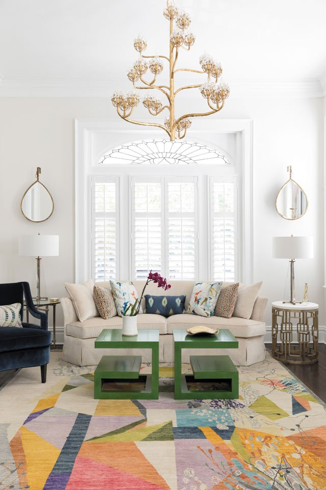feature_grove_living-room_KIM_FROST_hp0919.jpg