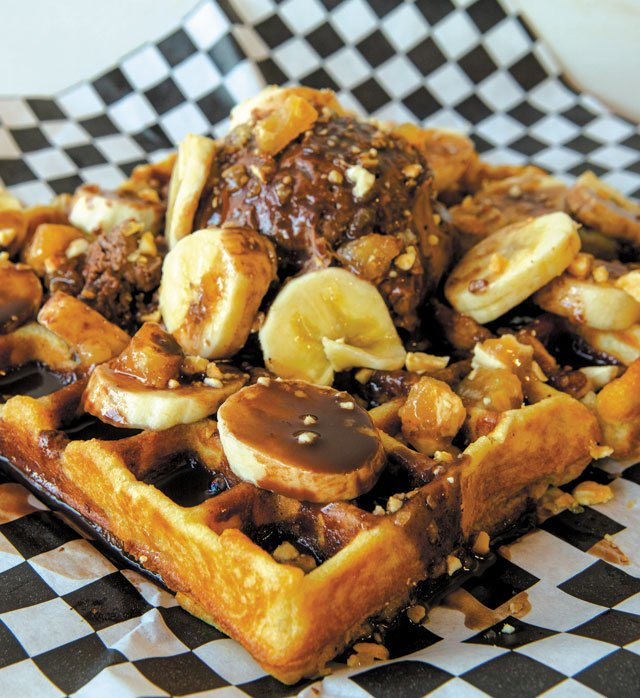 Eat&Drink_Shorts_Quicktake_BrewersWaffles_TheCarver_JAY_PAUL_rp1219.jpg