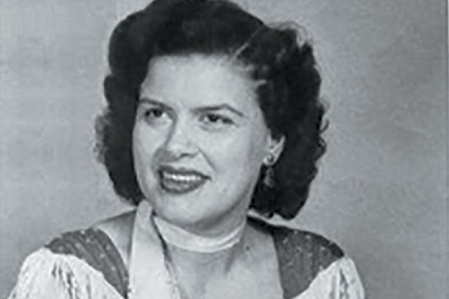 A&E_Patsy_Cline_publicity_photo_Four Star Records_rp1219_teaser.jpg