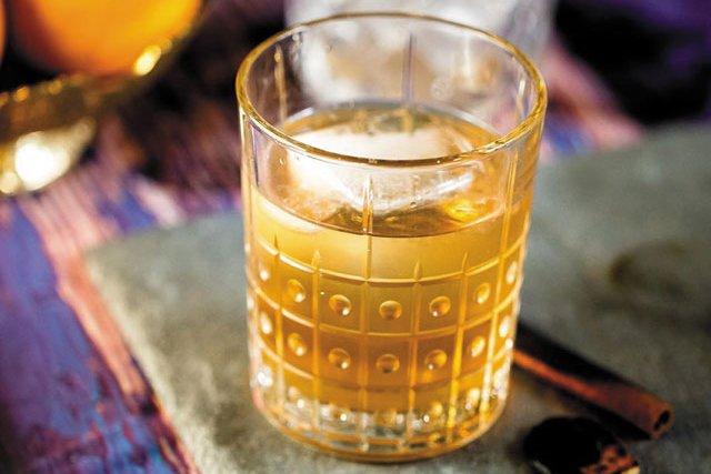 Eat&Drink_OpenTab_Nama_Dhumrapaan_CATHERINE_LEVESQUE_COURTESY_NAMA_rp1119_teaser.jpg