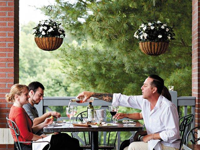 outdoor-eating-richmond-patina.jpg