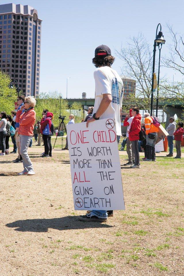 SB_Education_SchoolSafety_StudentProtest_ADAMDUBRUELER_rp0220.jpg