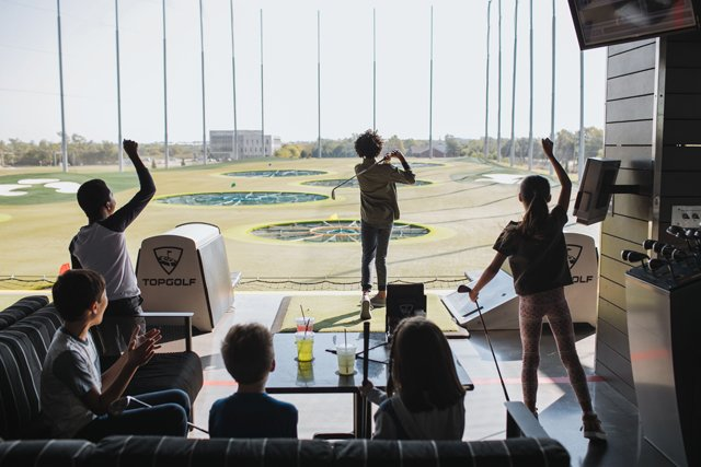 Eat&Drink_FiveFaves_TopGolf_COURTESY_rp0320.jpg