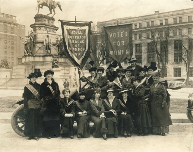A&E_WomansSuffrageRally.2002.225.1_Courtesy_VMHC_rp0220.jpg