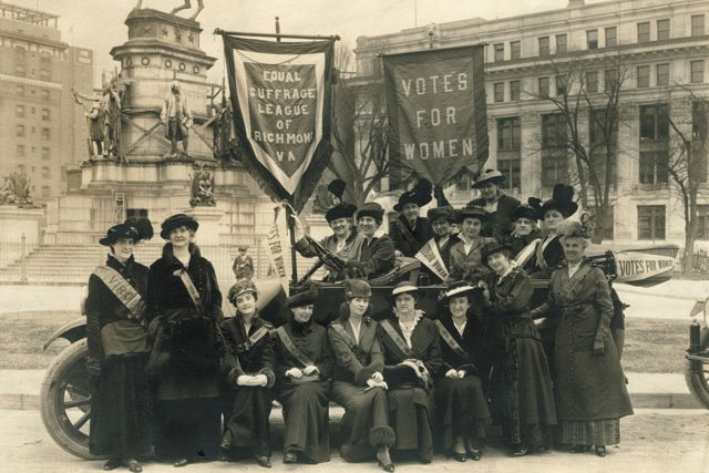 A&E_WomansSuffrageRally.2002.225.1_Courtesy_VMHC_rp0220_teaser.jpg
