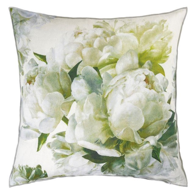 department_goods_Janet-Brown-Peonia-Chartreuse-Pillow-170_COURTESY_hp0320.jpg