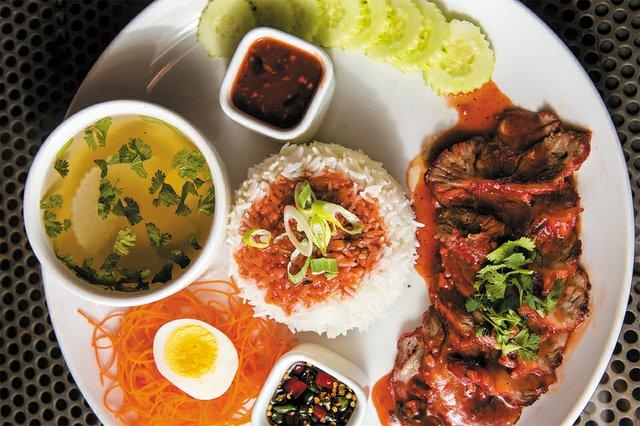 B&W_Food&Drink_Sabai_JAYPAUL_rp0820.jpg