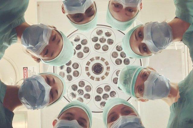 doctors_national-cancer-institute-unsplash_teaser.jpg