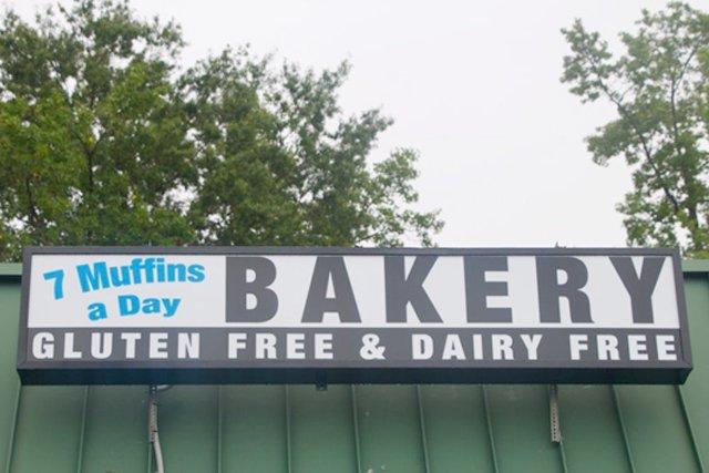 7-muffins-a-day-sign_eileen-mellon_teaser.jpg