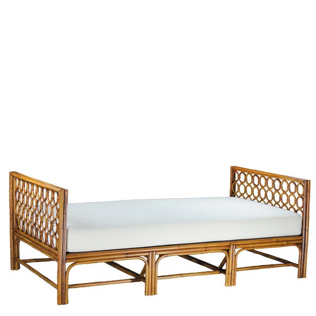 fob_Goods_Daybeds_JanetBrown_COURTESY_hp0920.jpg