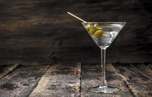 Eat&Drink_OpenTab_Martini_GETTY_rp1020.jpg