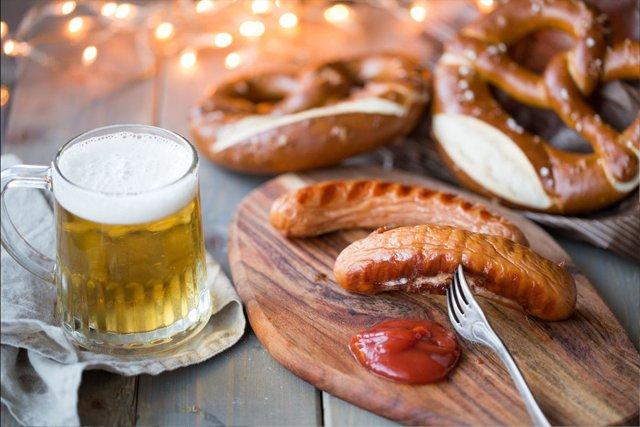 beers-brats_getty.jpg