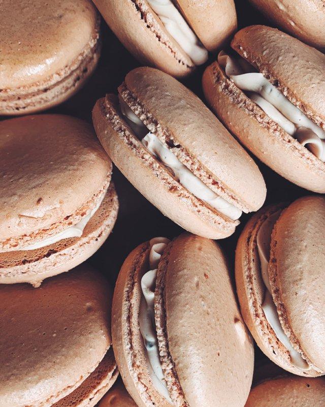 Eat&Drink_Bakeries_ArleyCakes_Macarons_ARLEY_ARRINGTON_COURTESY_rp1120.jpg