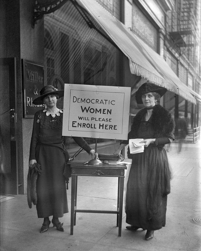 Cook_1176_Democratic_Women_Exhibit.jpg
