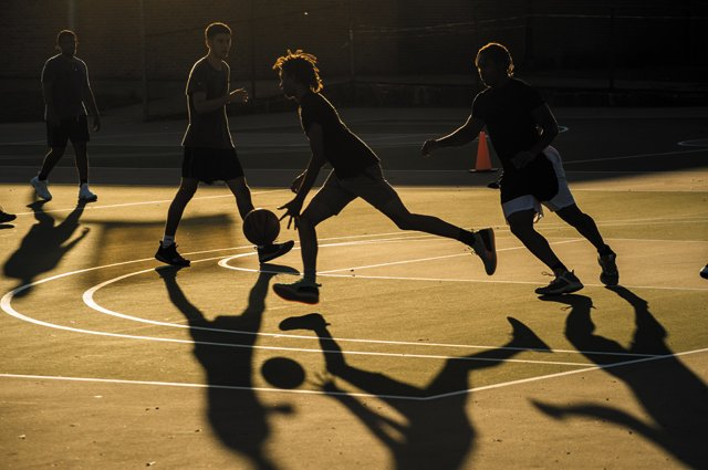 YearinReview_Basketball_JAYPAUL_rp1220.jpg