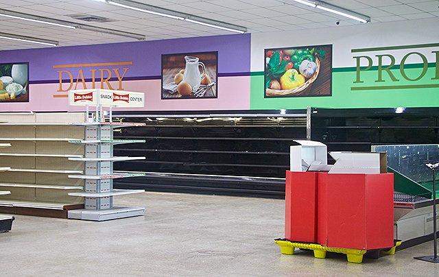 Darrells-Supermarket_Eileen-Mellon.jpg