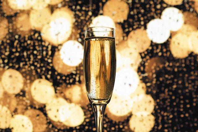 Eat&Drink_OpenTab_Champagne_JAEYOON_JEONG_UNSPLASH_rp0121.jpg