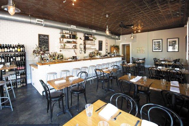 Dining_RestaurantRecovery_Metzger_COURTESY_rp0221.jpg