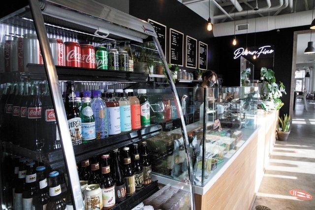 Eat&Drink_Opener_BlackLodge_APRIL_GREER_rp0321.jpg