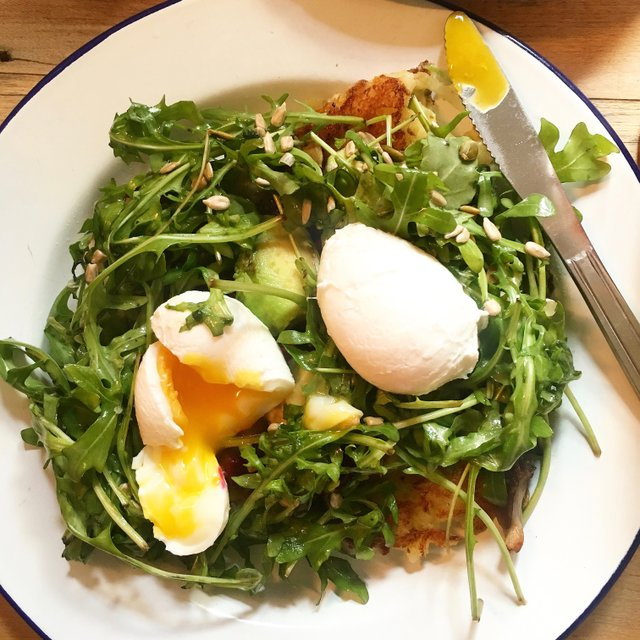 salad-w-poached-eggs_eileen-mellon.jpg