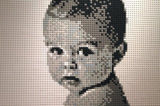 A&E_Legos3_PhotoBrianKorte_rp0421.jpg