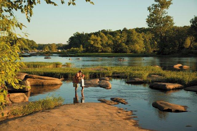 Living_WellnessFitness_Fishing_TexasBeach_JOHNHENLEY_rp0521.jpg