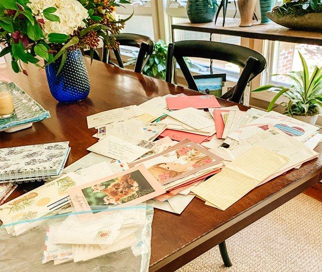 Sunday-Story_letters_0509_courtesy-Dara-Kurtz.jpg