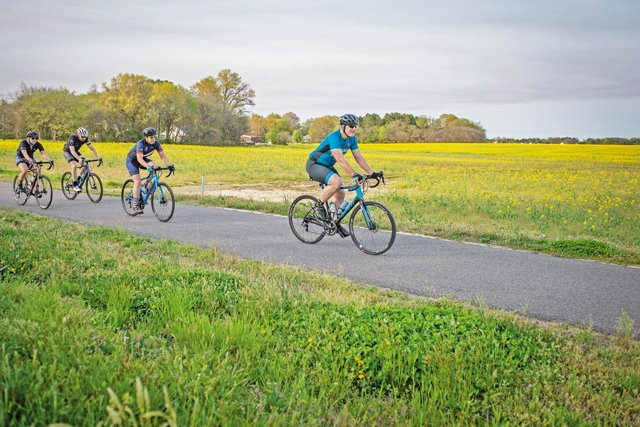 Feature_Bikes_OPENER_AshDanel_rp0521.jpg