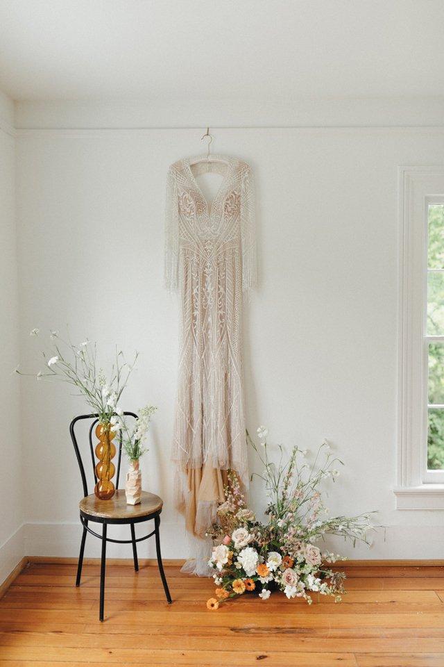 Feature_Splurge_Dress_PEYTON_CURRY_bp0621.jpg