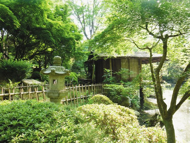 FOB_Garden_Azumaya_JUNKOLEISFIELD_hp0521.jpg