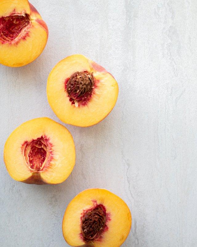 Eat&Drink_Ingredient_Peaches_A_MATTER_OF_FOOD_UNSPLASH_rp0721.jpg