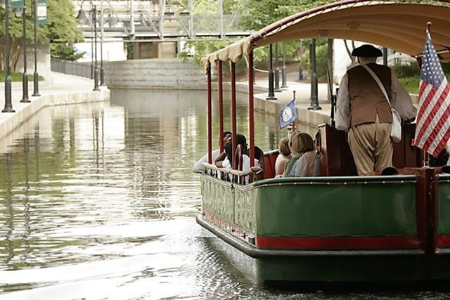 riverfront-canal-cruise.jpg