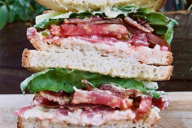 tomato-sandwich_union-market_courtesy_teaser.jpg