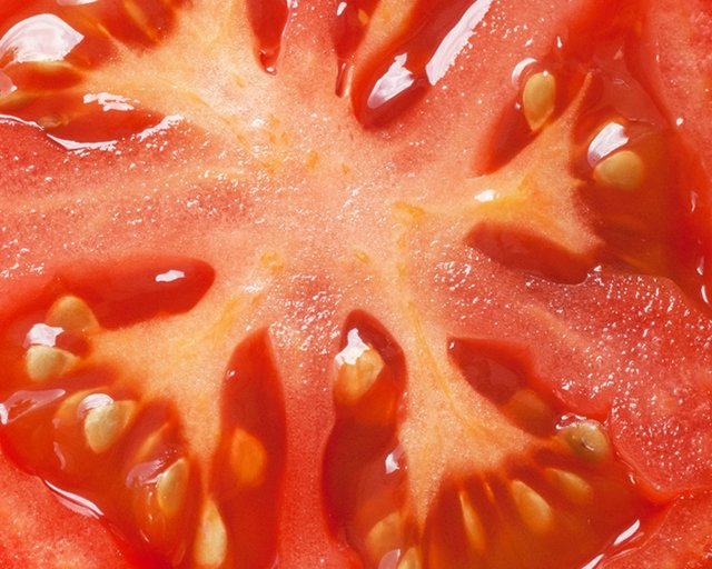 tomato_GettyImages-592663950.jpg