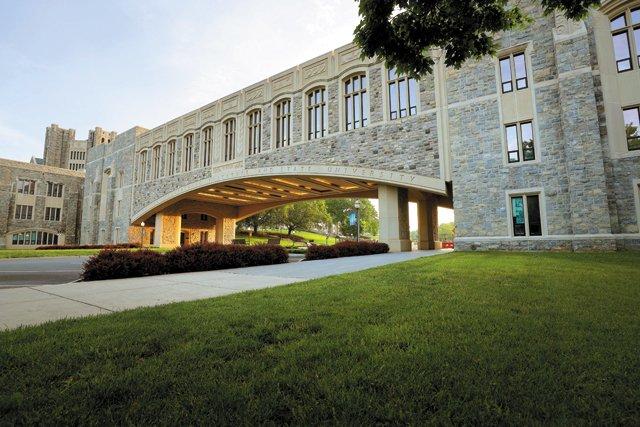 CollegeGuide_ShotByShot_VT_RAY_MEESE_COURTESY_rp0921.jpg