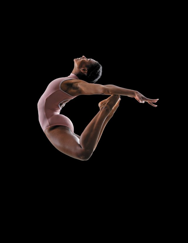 FEA_FallArts_Starr Foster Dance_Dancer Lydia Ross_Credit Doug Hayes_rp0921.jpg