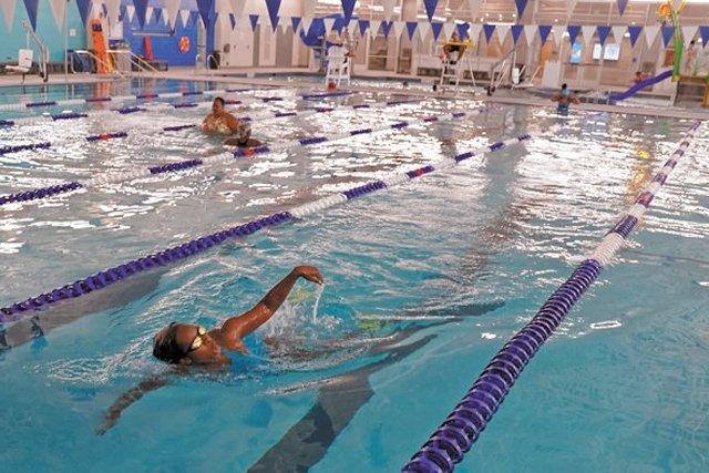 FEA_YMCA_The-Frank-J.-Thornton-YMCA-Aquatic-Center2_JAYPAUL_rp0921_teaser.jpg